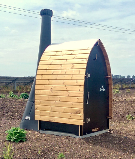 Kazuba KL1 On a Solar Farm